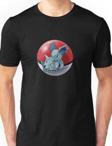 Nidorina pokeball - pokemon Unisex T-Shirt
