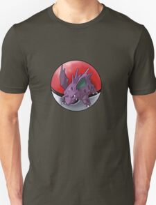 Nidorino pokeball - pokemon T-Shirt