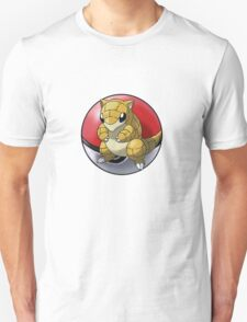 Sandshrew pokeball - pokemon T-Shirt
