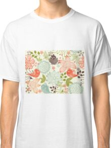 Doodle birds in flowers Classic T-Shirt
