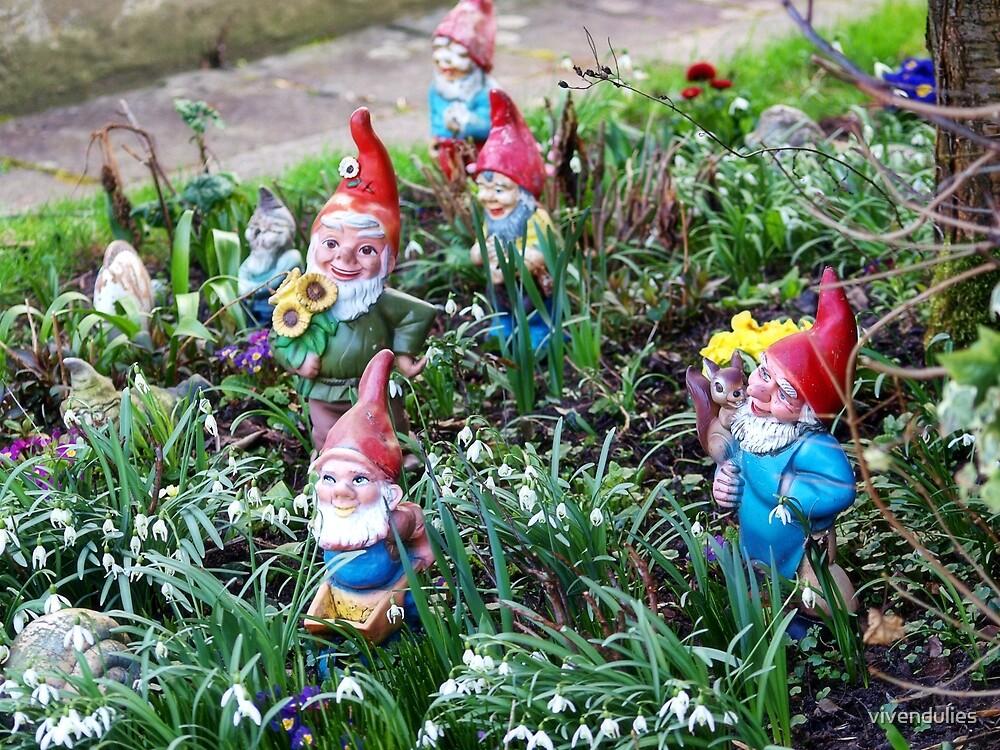 Garden Gnome VRS2 by vivendulies
