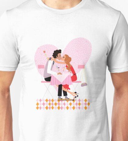 kissing couple Unisex T-Shirt