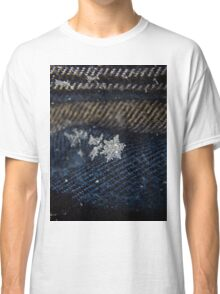 Snowflake on Flannel (7379) Classic T-Shirt