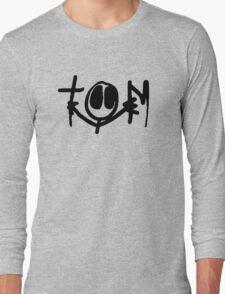 TOM SIGNATURE Long Sleeve T-Shirt
