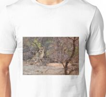 LAST LIGHT MOTHER AND CUBS - THE LION – Panthera leo Unisex T-Shirt