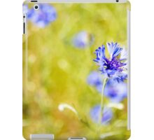 Bachelor Buttons Glowing iPad Case/Skin