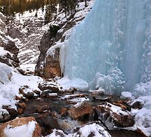 King Creek icefalls by zumi