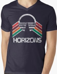 Vintage Horizons Distressed Logo in Vintage Retro Style Mens V-Neck T-Shirt