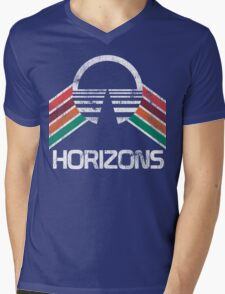 Vintage Horizons Distressed Logo in Vintage Retro Style Mens V-Neck T-Shirt
