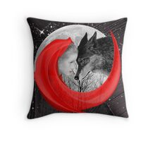 Love doesn´t understand Fairytales  Throw Pillow