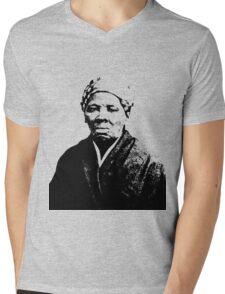 HARRIET TUBMAN Mens V-Neck T-Shirt