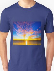 Beautiful sunset over the ocean Unisex T-Shirt