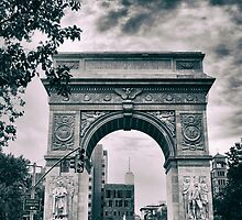 Washington Square Arch by Jessica Jenney
