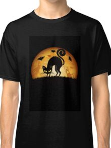 Black cat grumpy Classic T-Shirt