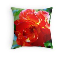 The queen in red... Throw Pillow