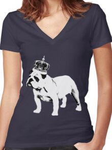 English Bulldog and Crown Women's Fitted V-Neck T-Shirt