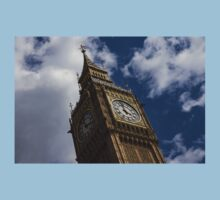 British Symbols and Landmarks - Big Ben, the Iconic Clock Tower of the Palace of Westminster Kids Tee