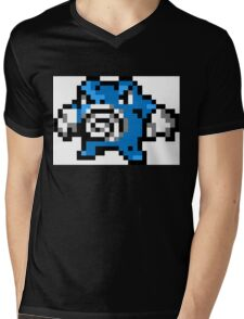 Pokemon 8-Bit Pixel Poliwrath 062 Mens V-Neck T-Shirt