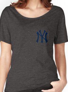 Yankees Logo Women's Relaxed Fit T-Shirt