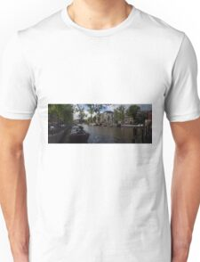 Panoramic view on Houseboats and Canal Houses in Amsterdam Unisex T-Shirt