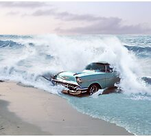 Car and the waves Photographic Print