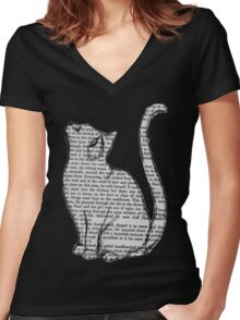 Book Cat Women's Fitted V-Neck T-Shirt