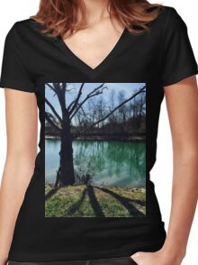 Beautiful Winter Women's Fitted V-Neck T-Shirt