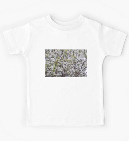 spring flowers Kids Tee