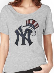 NEW YANKEES LOGO Women's Relaxed Fit T-Shirt