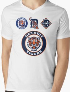 DETROIT TIGERS LOGO Mens V-Neck T-Shirt