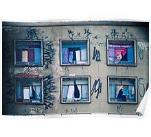 6 windows Poster