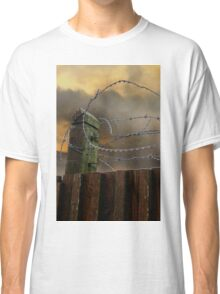 Keep out Classic T-Shirt