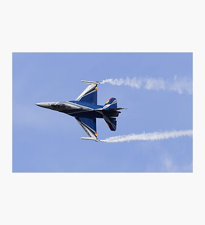 F-16 Knife Edge Photographic Print