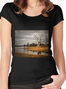 Solitary Tree Women's Fitted Scoop T-Shirt