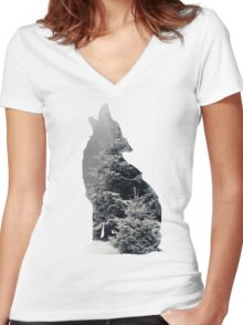 Wolf Silhouette Print Women's Fitted V-Neck T-Shirt