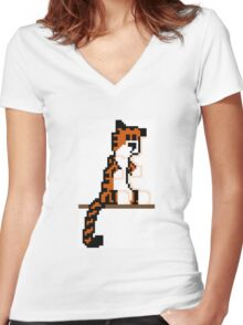 Pixel Hobbes Women's Fitted V-Neck T-Shirt