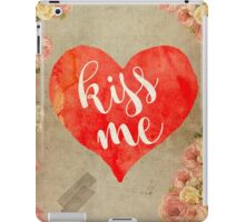 Vintage Quotes Collection -- Kiss Me iPad Case/Skin