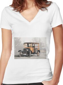 1926 Ford Model T Depot Hack Women's Fitted V-Neck T-Shirt