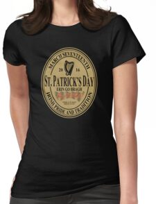 St. Patrick's Day - oval label Womens Fitted T-Shirt