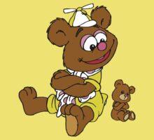 Muppet Babies - Fozzie Bear & Teddy - Arms Crossed Kids Tee