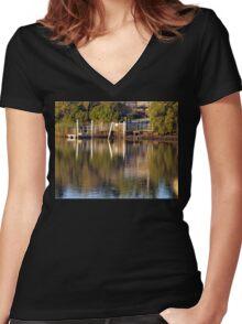 Tumbulgum Jetty Women's Fitted V-Neck T-Shirt