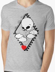 Alien Takes Care heart Mens V-Neck T-Shirt
