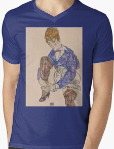 Egon Schiele - Portrait of the Artist's Wife Seated, Holding Her Right Leg 1917 Mens V-Neck T-Shirt