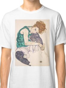 Egon Schiele - Seated Woman with Legs Drawn Up Adele Herms 1917 Classic T-Shirt