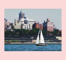 New York - Sailboat Against Manhattan Skyline Baby Tee