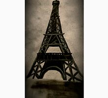 Eiffel Tower (Painted like a Photograph) Unisex T-Shirt