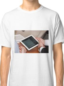 Apple iPad2 Classic T-Shirt