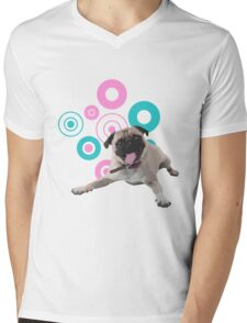 Retro Circles Pug Vector Mens V-Neck T-Shirt