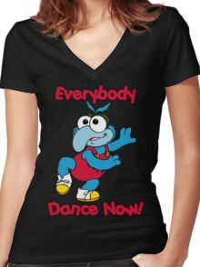 Muppet Babies - Gonzo 01 - Everybody Dance Now Women's Fitted V-Neck T-Shirt