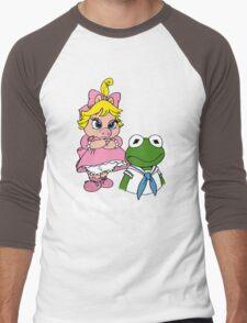 Muppet Babies - Kermit & Miss Piggy - Oh Boy - White Font Men's Baseball ¾ T-Shirt
